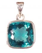Des créations artisanales de bijoux en minéraux