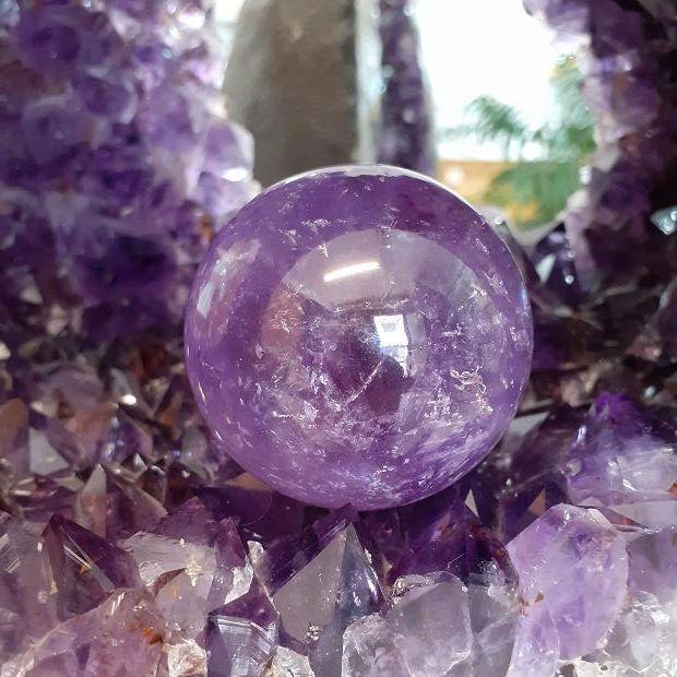 Sphères en pierres naturelles